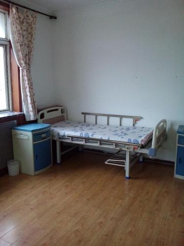 辽宁省大连市甘井子区敬爱之乡养老院房间图片