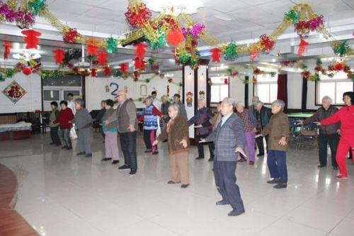 天津市西青区为善园养老院老人图片