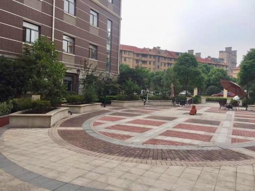 凯健上海华鹏苑环境图片