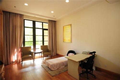 绿城蓝庭护理院房间图片