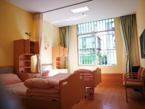 昆明市老年康复中心新闻里长者之家房间图片