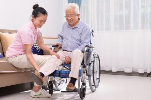亲睦家·社区医养中心 护工图片