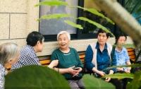 哺恩养老护理中心(平福院)老人图片
