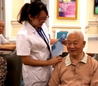 武汉九州通人寿堂养老院 护工图片